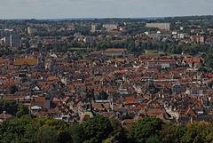 BESANCON: La ville depuis la tour du roi de la citadelle.