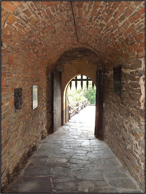 Burg Thurant 018