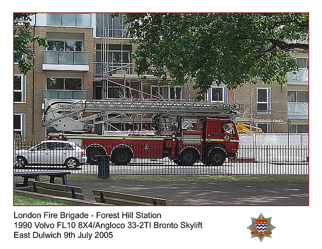 LFB 1990 Volvo Angloco Bronto Skylift E Dulwich 9 7 2005