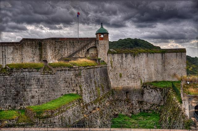 BESANCON: La citadelle: la dela reine.