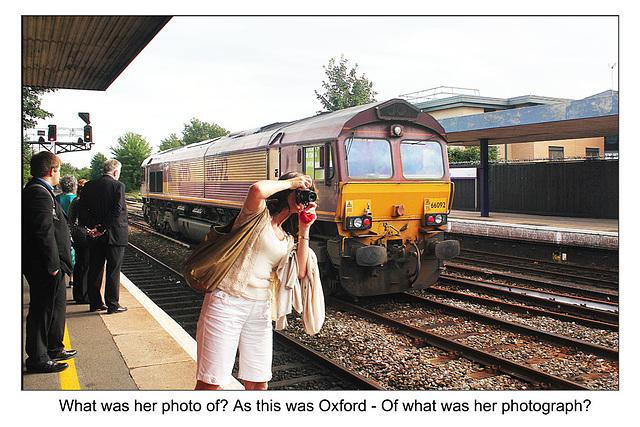 66092 & a photographer - Oxford - 17.8.2012
