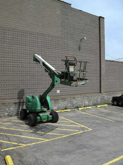 Maybe almost the perfect cherrypicker.