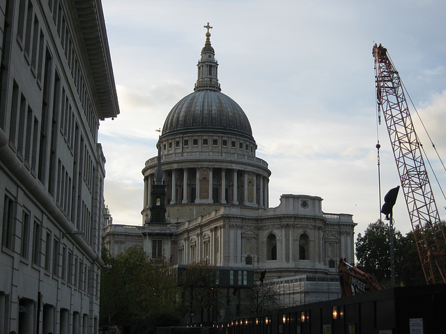 St Paul's from the end of Watling Street