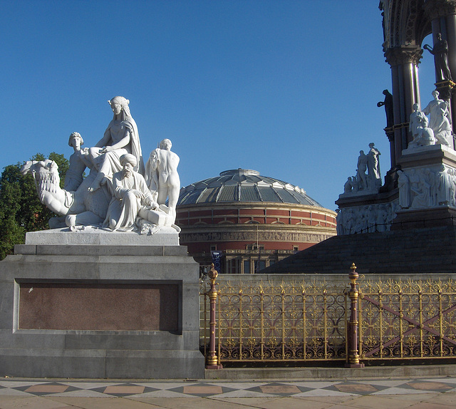 Albert Hall and Memorial