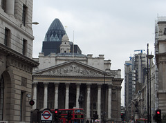30 St Mary Axe, Commerical Union, P&O Building and Lloyds behind Royal Exchange