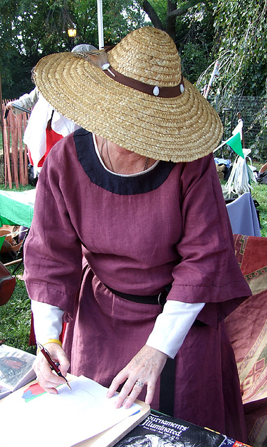 Vicereine Eularia at the Fort Tryon Park Medieval Festival, Sept. 2007