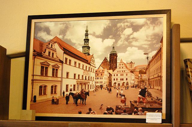 Foirplaco de Pirna pentrita  de Canaletto (Marktplatz von Pirna gemalt von Canaletto).