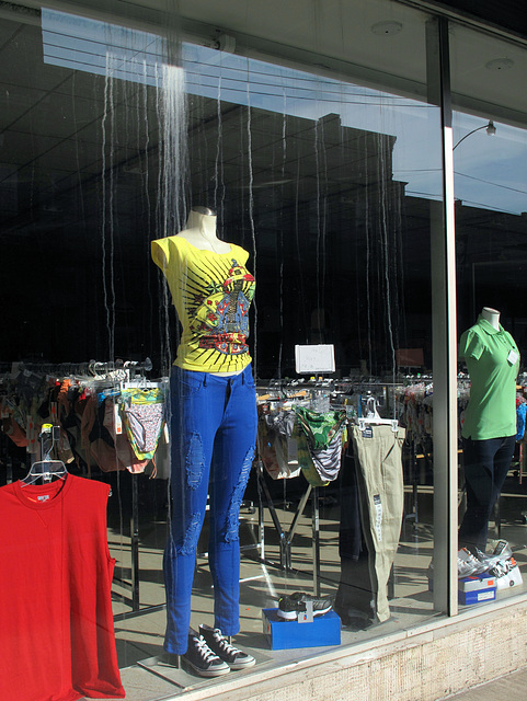 Careful placements of rippings-open and shreddedness, up and down the fronts of royal blue Slimming Pants, are starting to show up in the shopfronts.