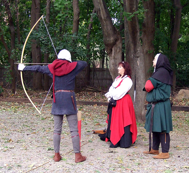 Archers: Master John Elys, Lady Griscin, and Lord Friedrich Shooting at Agincourt, November 2007