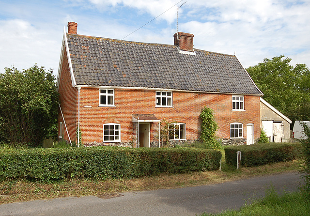 Pine Tree Cottage, Mill St, Middleton (4)