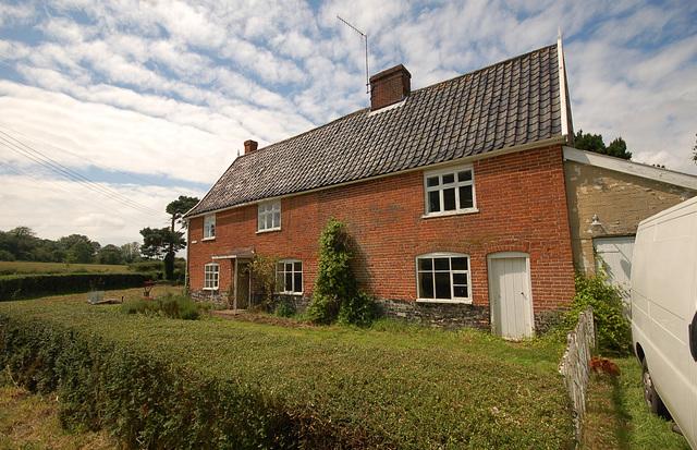 Pine Tree Cottage, Mill St, Middleton (6)