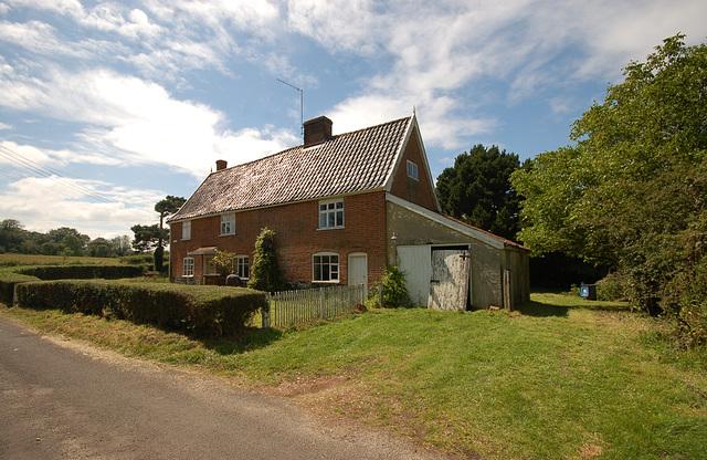 Pine Tree Cottage, Mill St, Middleton (7)