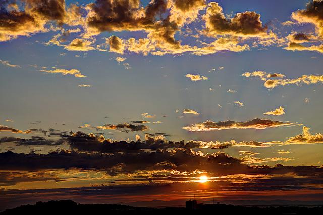 BELFORT : Levé du soleil le 29 aout 2012.