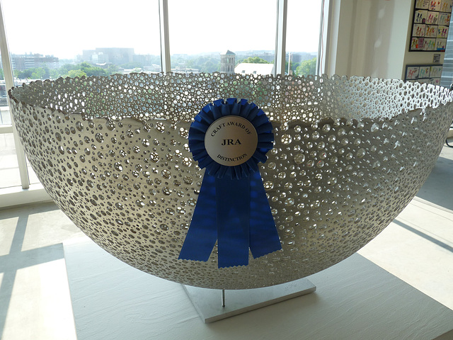 blue ribbon bowl