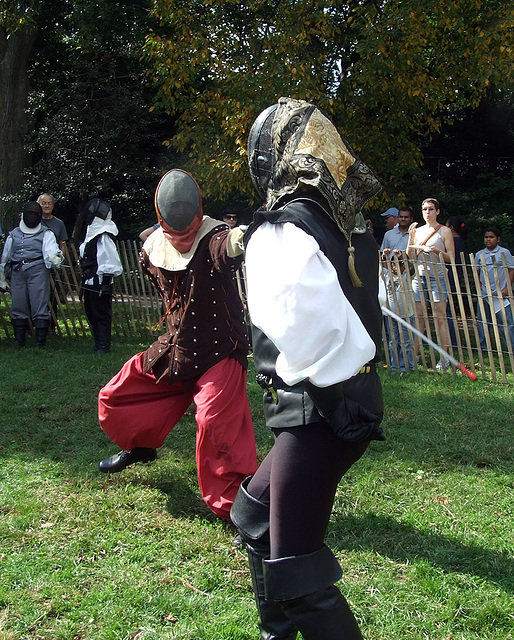 Fencing at the Fort Tryon Park Medieval Festival, October 2009