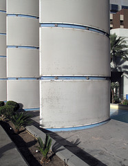 Are the decorative sculpture panels of landscape architecture at Bally's Las Vegas beginning to look tired and worn out?