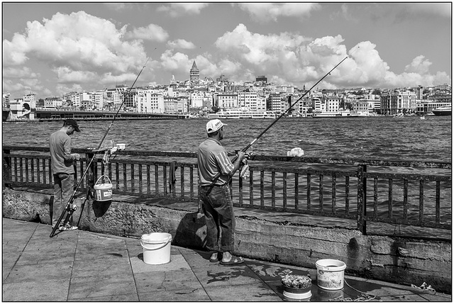 Pêcheurs du Bosphore .