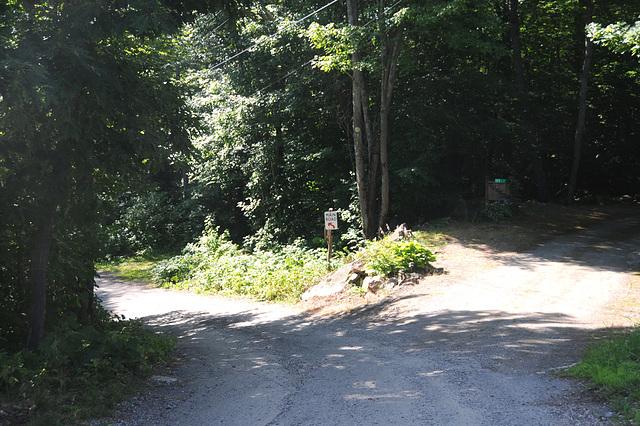 Main Road, Brown's Island