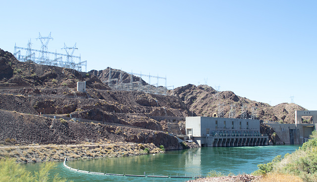Parker Dam, Colorado River  (0689)