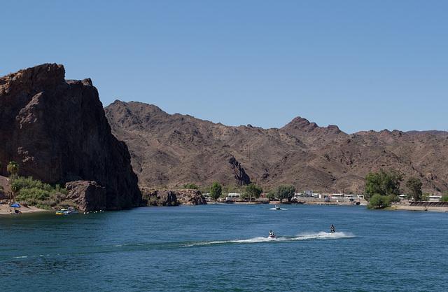Parker, AZ: Colorado River & California (0687)