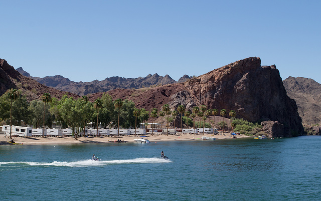 Parker, AZ: Colorado River & California (0686)