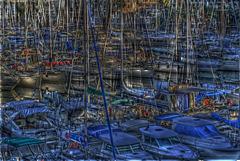 FREJUS: Bateau dans le port de Port-Fréjus.
