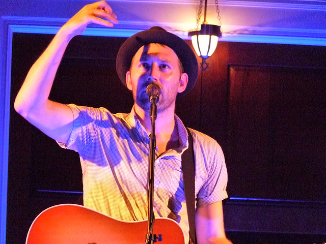 Mat Kearney looking for a drummer