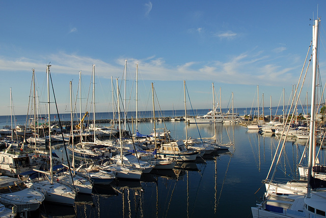 FREJUS: Le port.