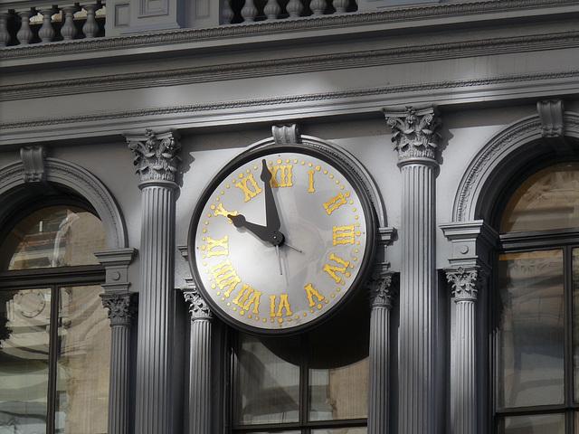 Broadway clock