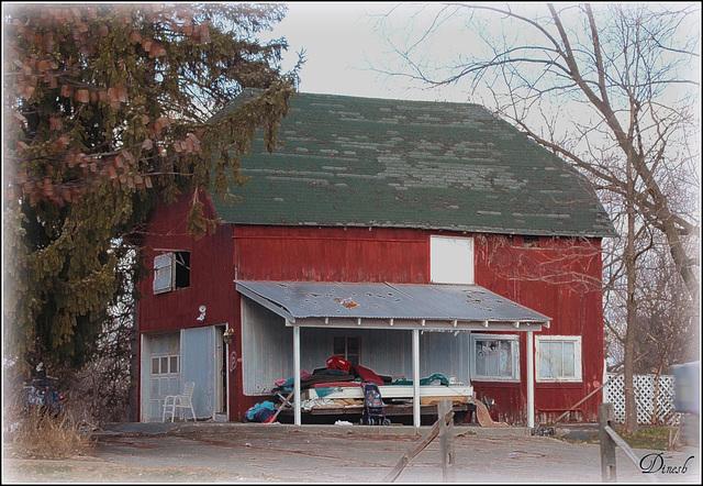 A barn / house