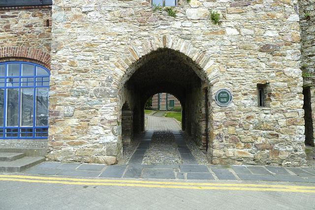 Wexford 2013 – Stone gate