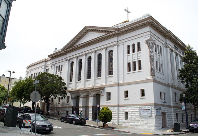 SF Castro 1780 Market at 8 Octavia  First Baptist (0520)