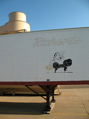 Trailerside drawing of Richards person.
