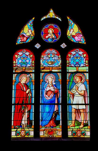 MARNAY: Vitrail de l'église St-Symphorien