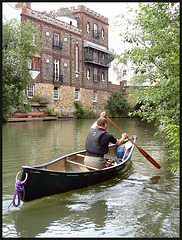 canoeist at Folly Bridge