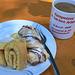 Kaffee und selbstgemachter Kuchen