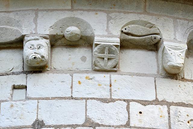 Modillons de la Chapelle St-Jean du Liget (XIIe s.) - Indre-et-Loire