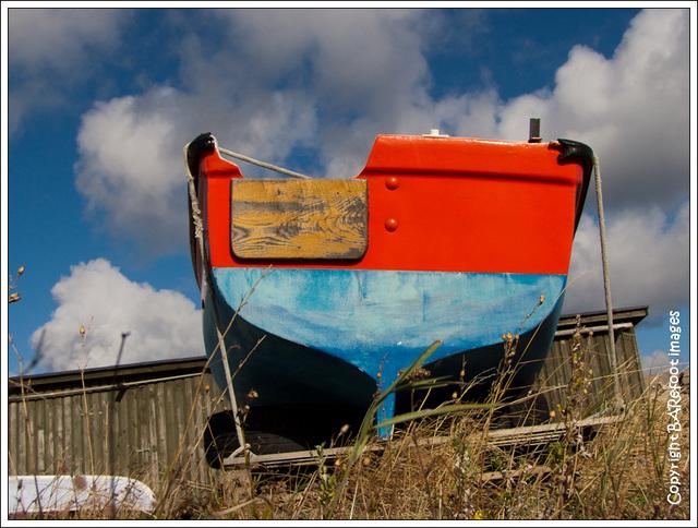 boat in nørresand havn, gudhjem