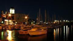 SAINT-RAPHAEL: La Cathédrale, le port.