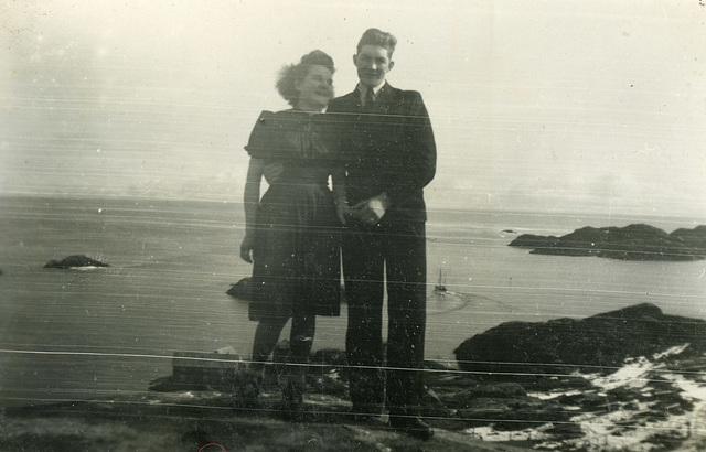 (493) <ukjent dame> og Harald Hansen