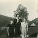 (512) Astrid Pedersen (Samuelsberg), Jenny Svendsen og Randi (Svendsen) Tryti