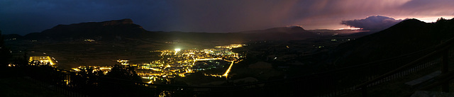 Jaca at night