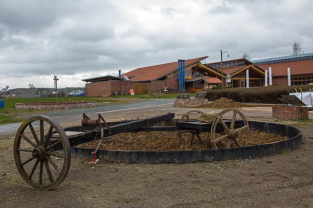 20140315 0870VRAw [D-LIP] Pferdegöpel, Ziegeleimuseum-