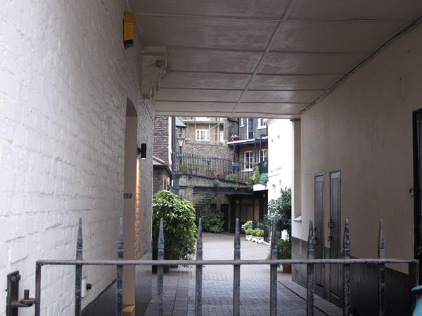Kinnerton Place South
