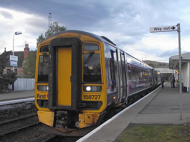 158727 at Dingwall with a Foot-ex