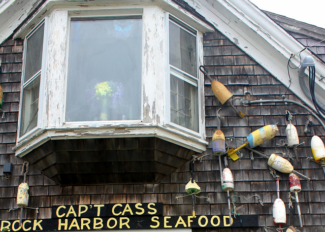 Cap't Cass Rock Harbor Seafood