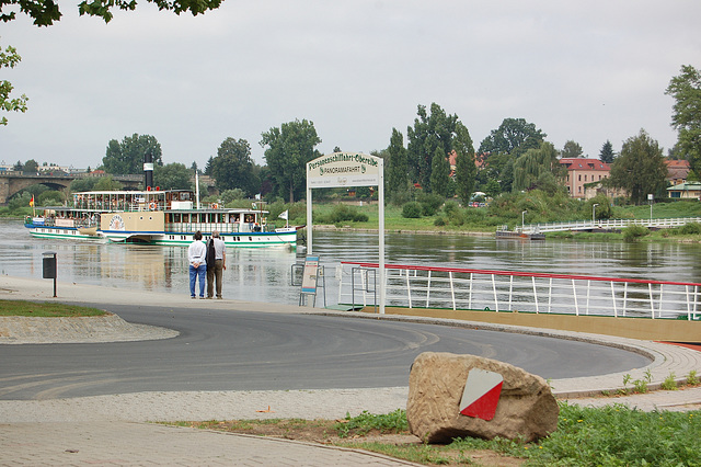 """Radvaporŝipo """"Meissen"""" (Raddampfer Meissen)"""