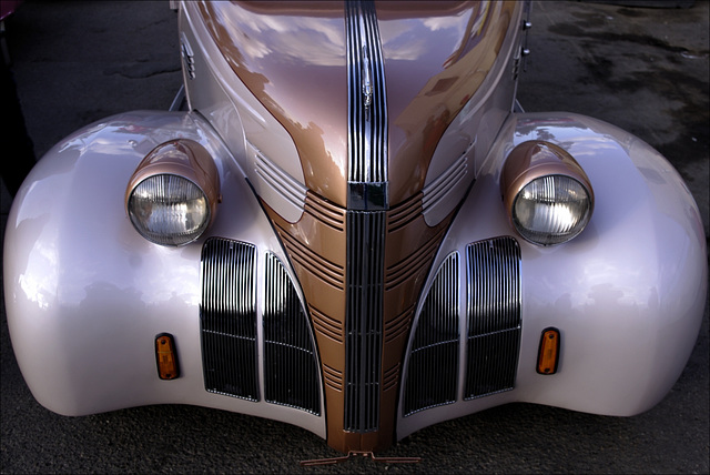 1939 Pontiac 00 20130808