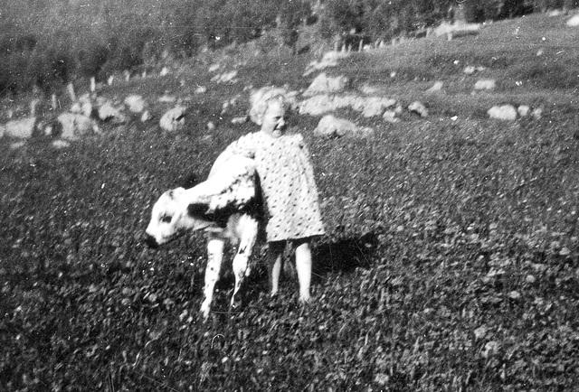 (166) Sommer 1937: Randi Svendsen