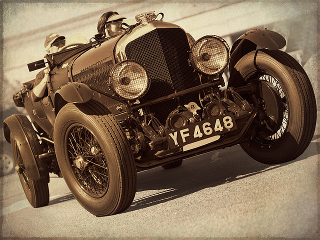 Vintage Car: 1927 Bentley, 6.5 Litre
